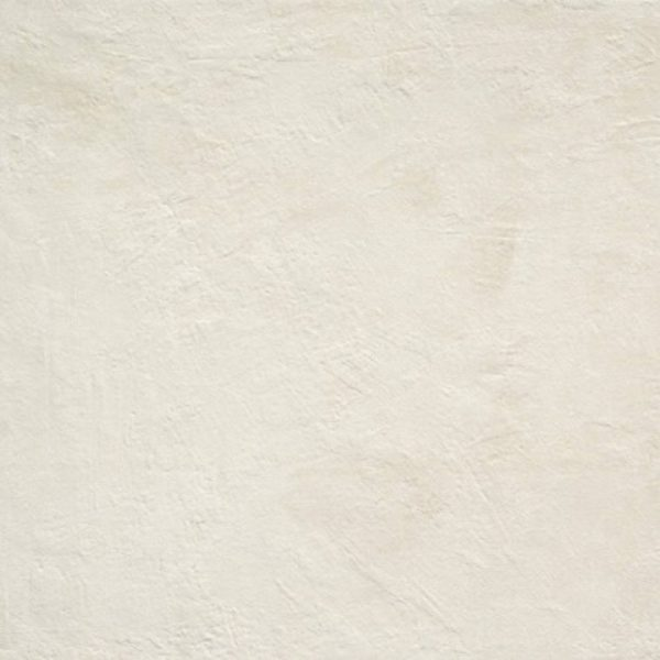 11-11_WHITE OVELTA-01